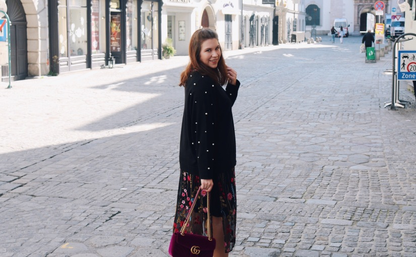 Outfit: How to transition summer dresses into Autumn